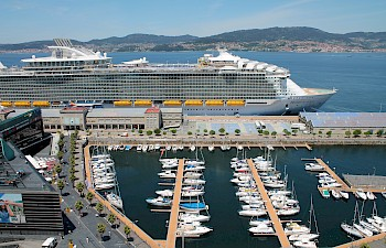 VIGO welcomes HARMONY OF THE SEAS and THOMSON SPIRIT
