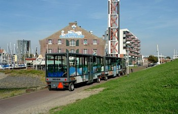 Visit Zeeland by solar train!