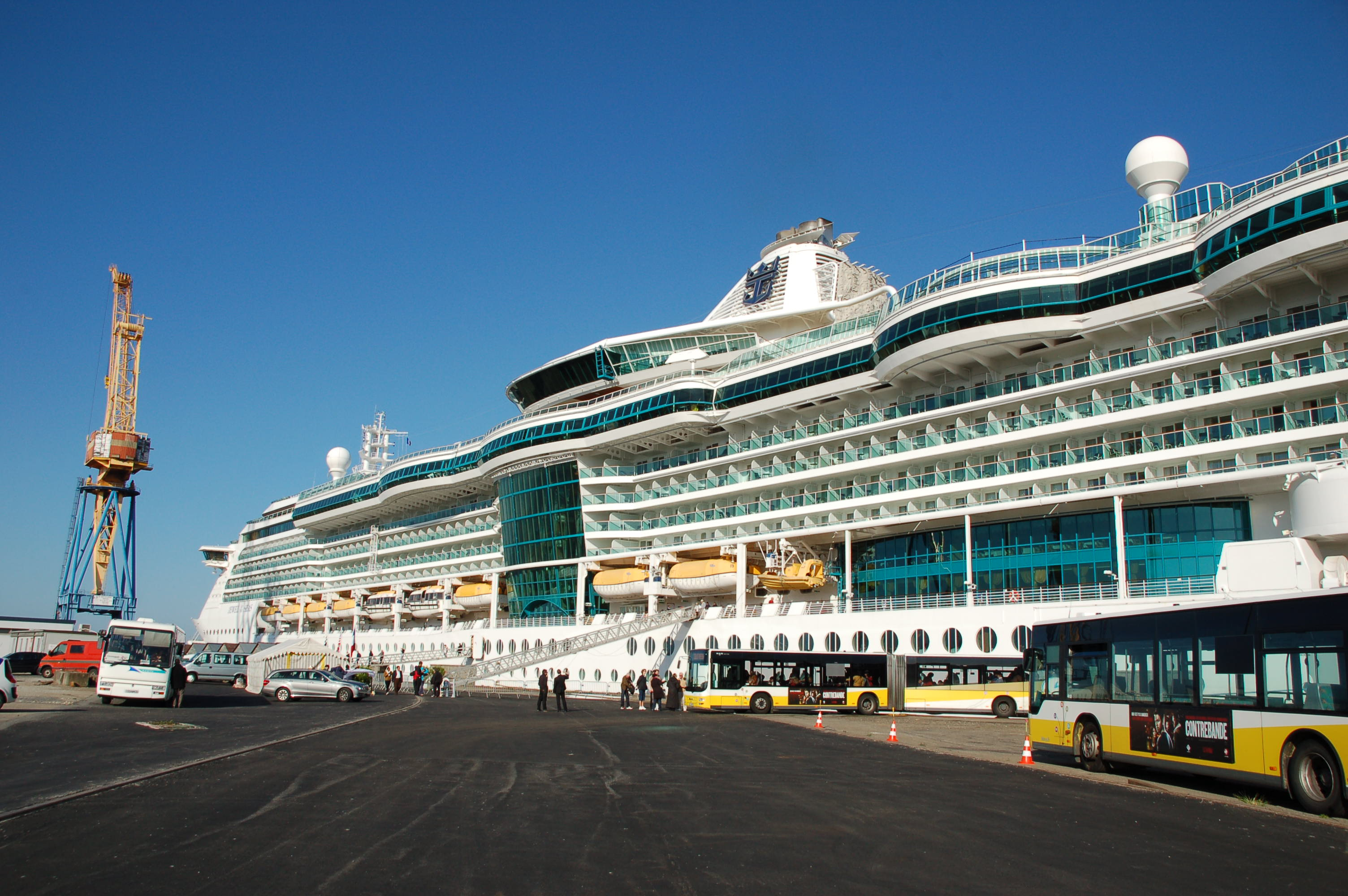 A cruise call in the port of Brest