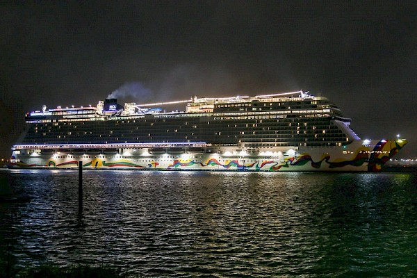 Port of Southampton becomes first port of call for Norwegian Encore