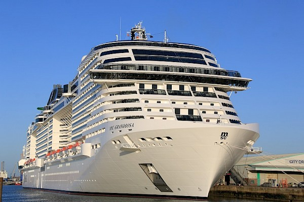 A Grandiosa welcome in Southampton for latest cruise ship