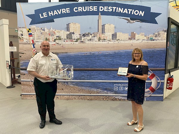 Captain Richard Watkins and Valerie Conan, director Cruise Club (c) PFSO - Cruising restarts in Le Havre  (September 2021)